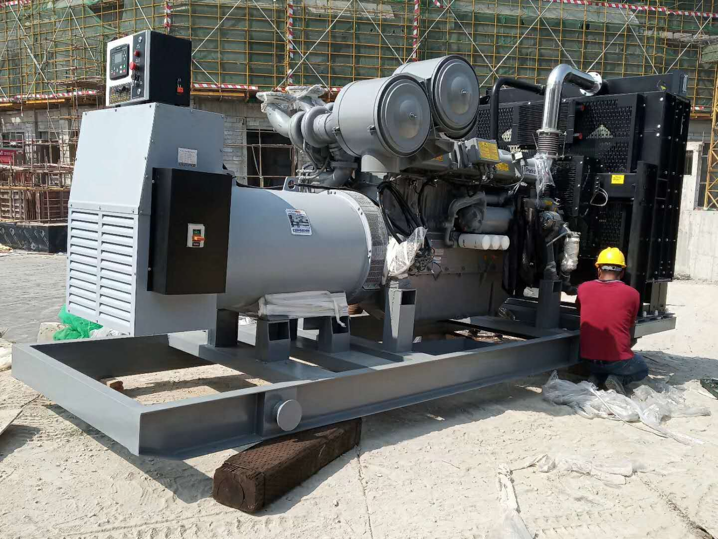 PAVO generator set successfully settled in five-star hotel
